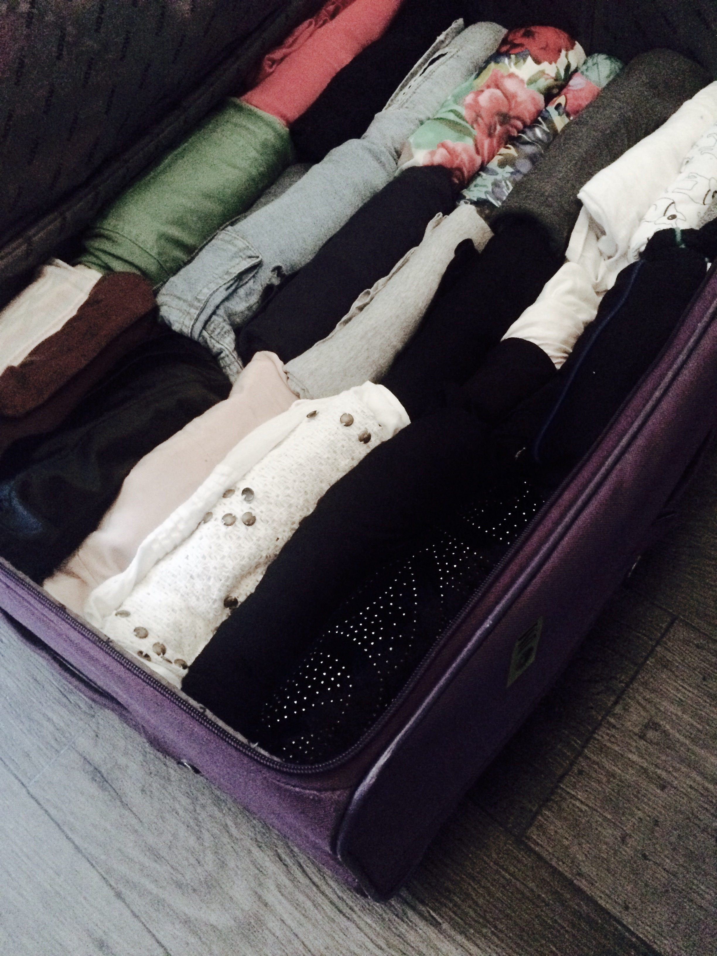 packing tips for vacation travel hacks holidays