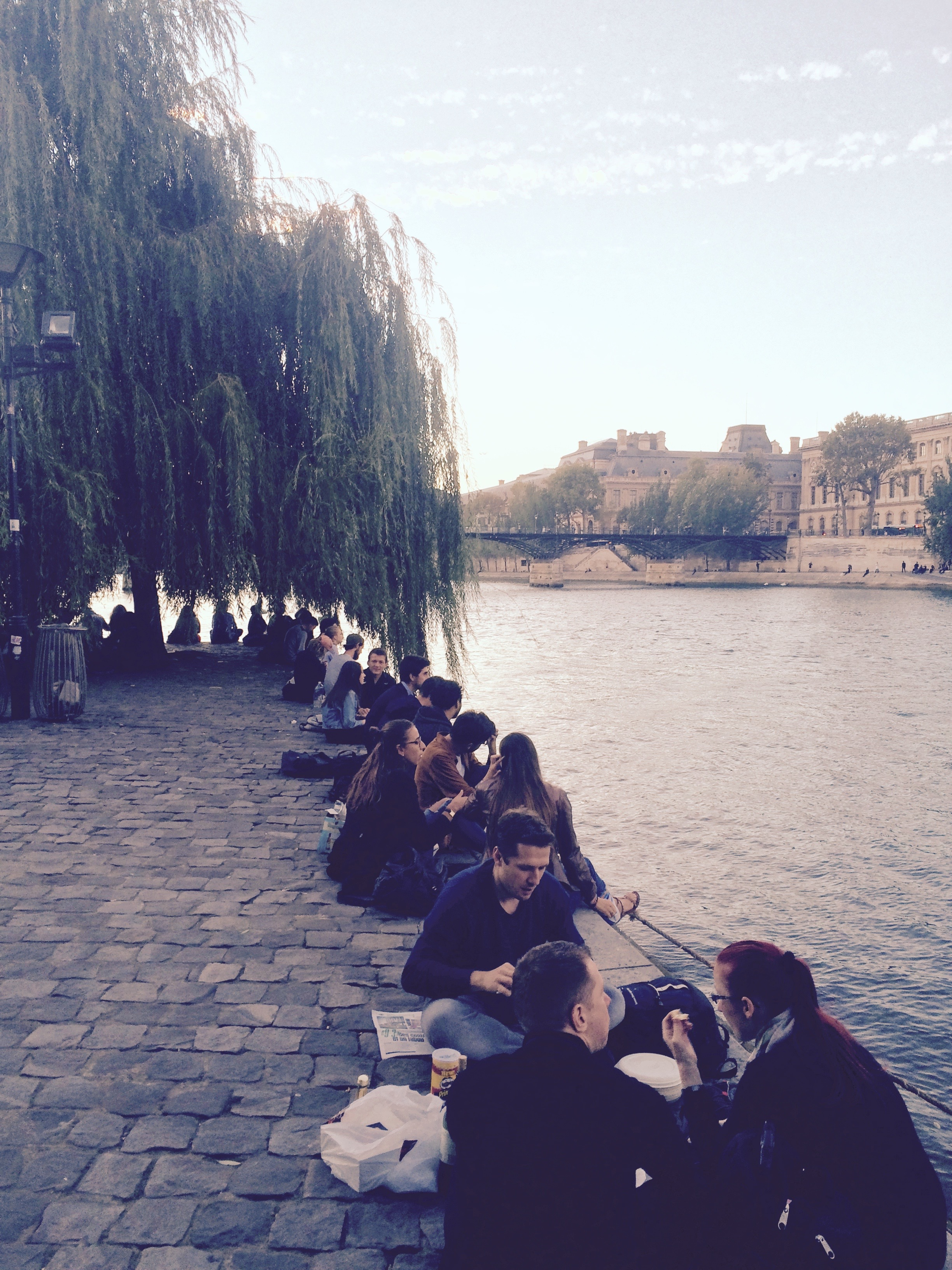 Where you can meet only locals: Square du Vert-Galant