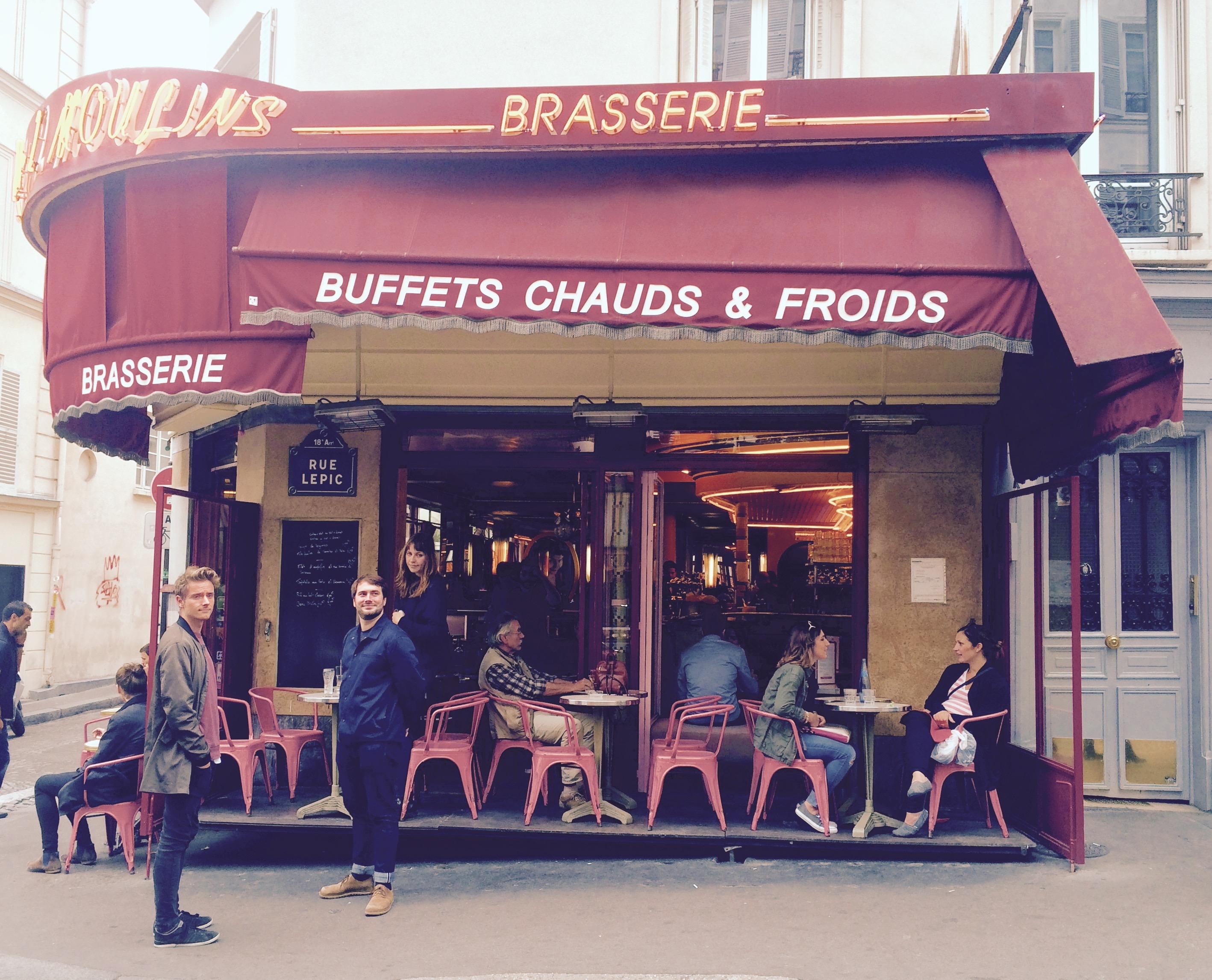 """Cafe des Deux Moulains, Paris where the movie """"The fabulous destiny of Amélie Poulain"""" was shot"""