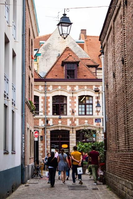 Place aux Oignins, Lille